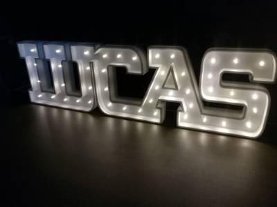 Letras con Luz led altura 12cm, espesor 4 cm